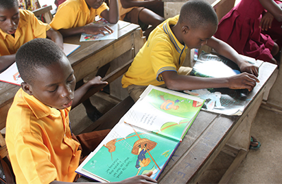 African students reading books